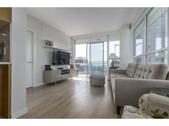 804 125 E 14TH STREET - Central Lonsdale Apartment/Condo for sale, 3 Bedrooms (R2305573) #2