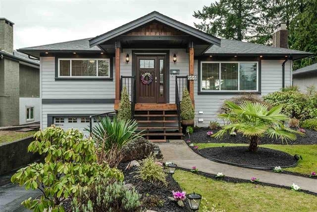 555 W 22nd Street, North Vancouver, V7M 2A6 - Hamilton House/Single Family for sale, 5 Bedrooms (R2027529) #1
